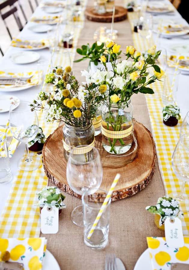 Como usar a madeira na decora o de cozinha veja dicas - Centro de mesa rustico ...