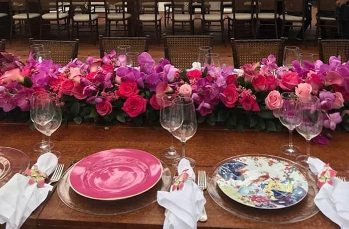 Decoracao-rosa-mesa-posta
